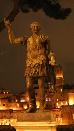 Night picture of Caesar in downtown Rome