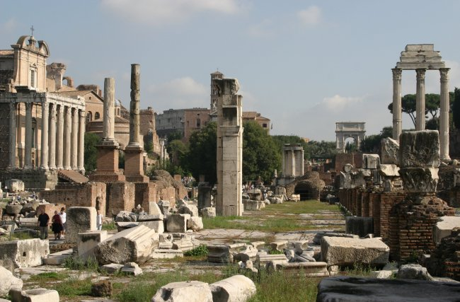 Yet another photo of the Roman Forum