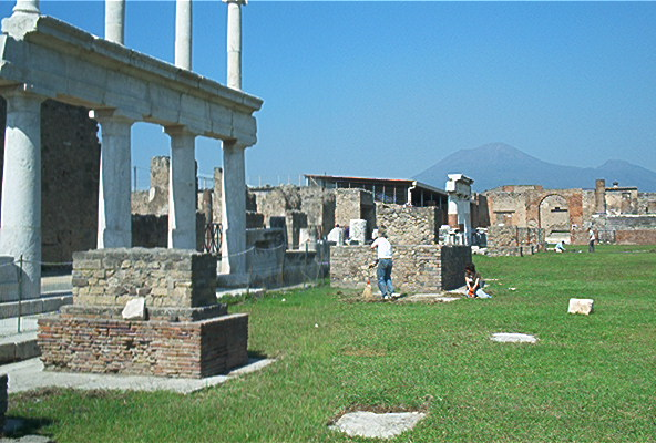 View of a coutryard in Pompeii