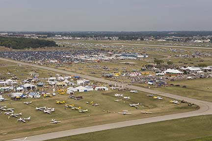 Aerial view of EAA Airventure 2007, Oshkosh, Wisconsin