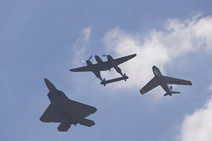 F-22 Heritage Flight at EAA Airventure 2007, Oshkosh, Wisconsin